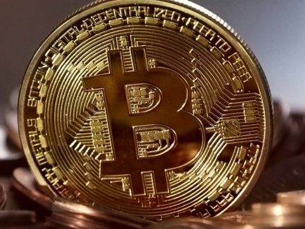 Bitcoin vs or : lequel choisir ?